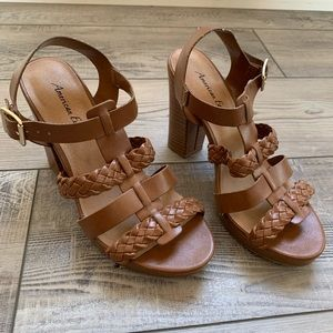 American Eagle faux leather chunky heals
